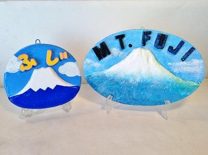 山中湖で体験や観光、ダラスヴィレッジの陶芸絵付け
